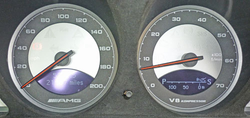 Mercedes SL SL55 R230 instrument cluster distronic picture