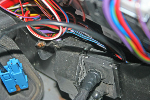 R230 SL distronic wiring grommet